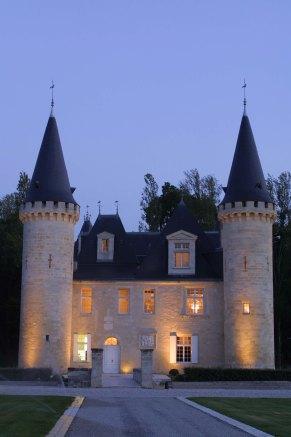 Château d'Agassac façade de nuit 04